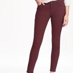 Old Navy Rockstar skinny jeans in plum size 2